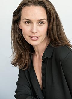Maria L P